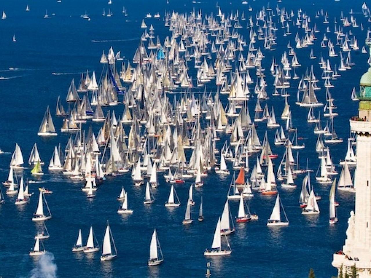 Oro del Mare salpa verso Trieste per la Barcolana