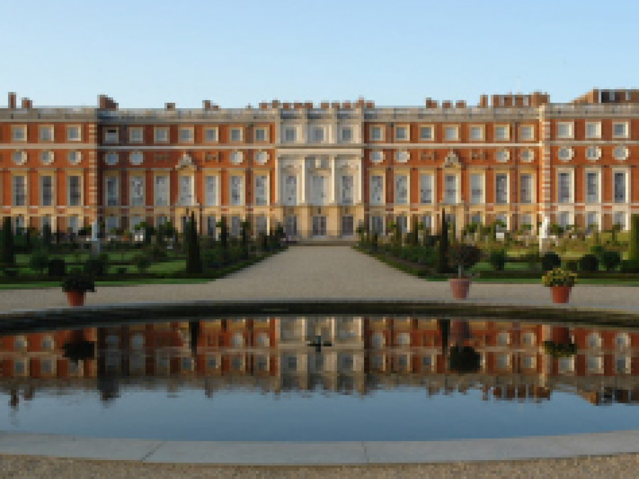Hampton Court Flower Show Hotel & Ticket packages